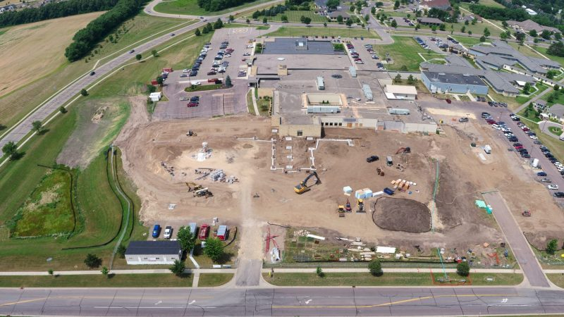 Aerial view of River's Edge Hospital construction